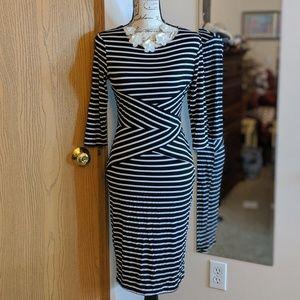 Stripped Midi Dress with Slimming Waist 💜